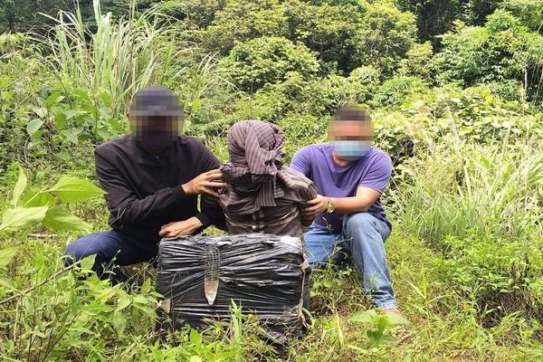 Quảng Bình: Bắt giữ đối tượng người Lào vận chuyển cần sa qua biên giới