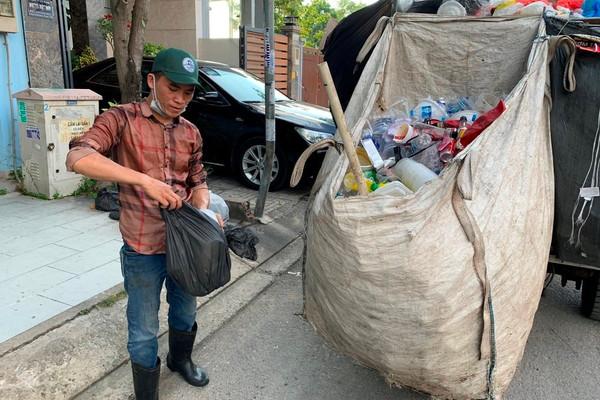 TP.HCM: Nhiều lợi ích khi phân loại rác thành 2 loại