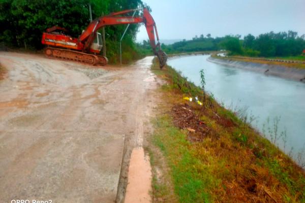 Quảng Nam: Khai thác đất gây ô nhiễm, gây nguy hại cho công trình thủy lợi