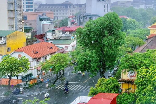 Dự báo thời tiết ngày 11/7: Tây Nguyên và Nam Bộ có mưa rào và dông