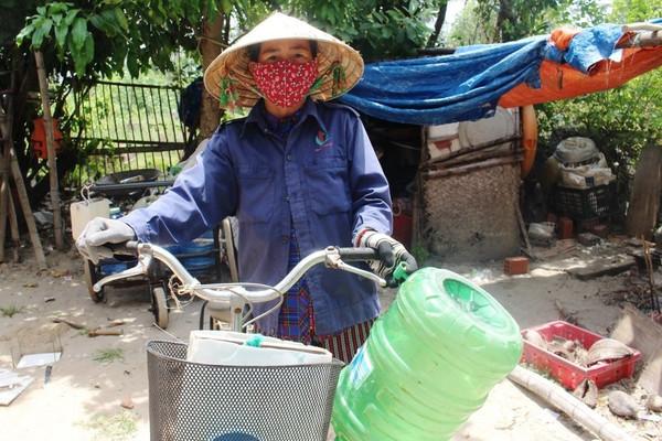 """Quảng Nam: Khô hạn, người dân xã đảo """"quay cuồng"""" tìm nước"""