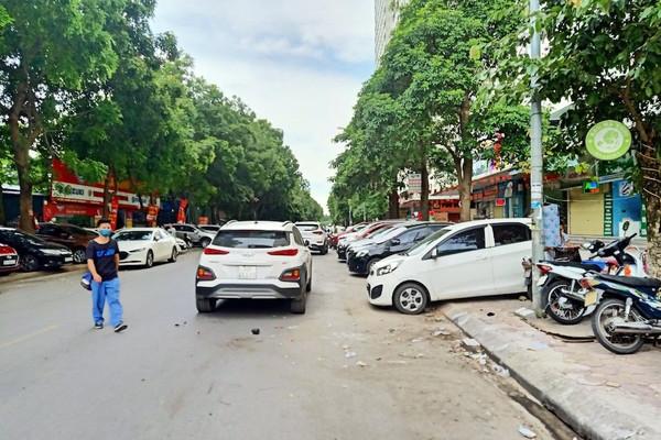 Hoàng Mai - Hà Nội: Ngang nhiên tổ chức trông xe trái phép