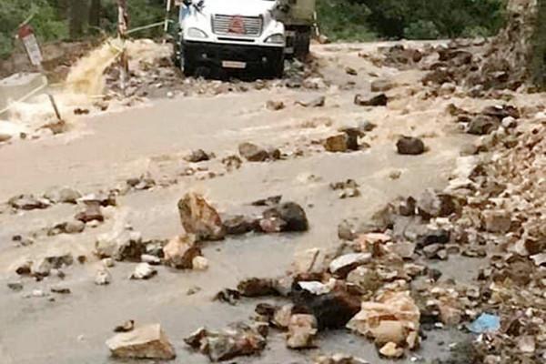 Lào Cai: Mưa Lớn gây sạt lở và ách tắc nhiều tuyến đường