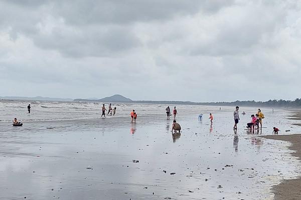 Quảng Ninh: Chủ tịch TP.Móng Cái đề xuất dừng dự án khai thác cát ở vùng biển biên giới
