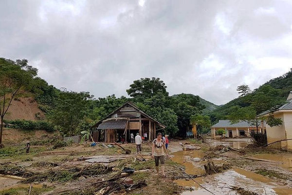 Nghệ An: Chủ động ứng phó với mưa lớn, lốc, sét, mưa đá