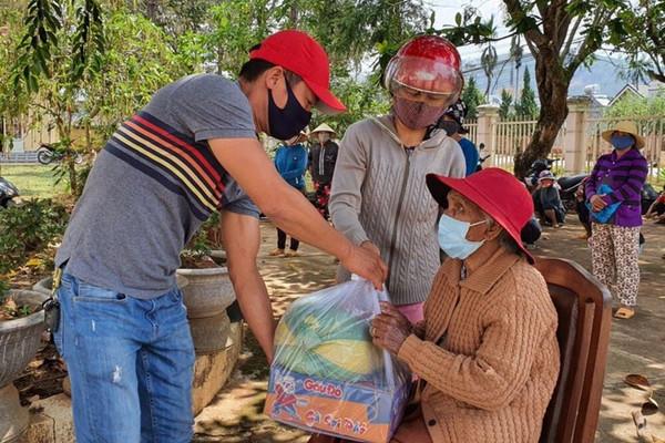 Chủ tịch UBND tỉnh Lâm Đồng kêu gọi nhân dân các dân tộc trong tỉnh chung sức phòng, chống Covid-19