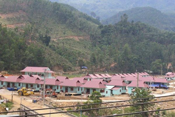 Quảng Nam phấn đấu sắp xếp, ổn định hơn 7.800 hộ dân miền núi đến nơi an toàn