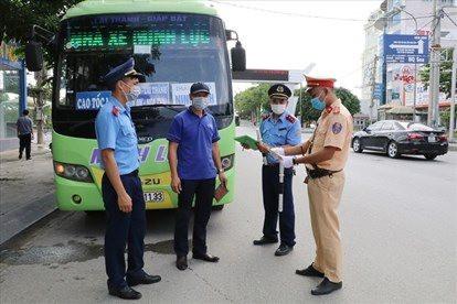 Từ 22/7, dừng hoạt động chở khách từ Ninh Bình đi các tỉnh có ca nhiễm Covid-19