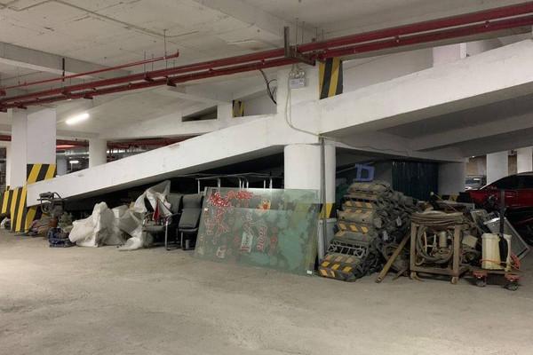 Hà Nội: Cận cảnh Công viên Bãi đỗ xe ngầm Mễ Trì Hạ biến thành nơi kinh doanh