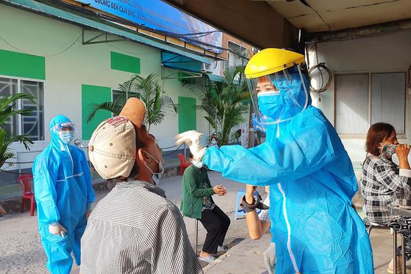 ĐBSCL: Siết chặt công tác phòng chống dịch Covid- 19 và xử lý chất thải
