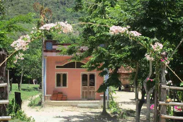 Bình Định: Làng của người Bana Vĩnh Thuận sạch đẹp từ ngõ vào nhà