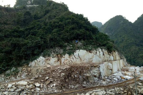 Người dân địa phương không được tự ý khai thác tận thu khoáng sản