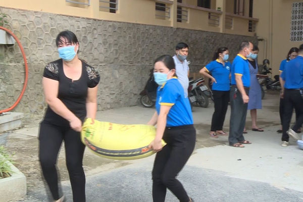 Sức mạnh lòng dân trong phòng chống dịch COVID-19 ở Yên Bái