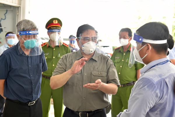 Thủ tướng yêu cầu dồn lực chăm lo cho nhân dân, tận dụng 'thời gian vàng' để đẩy lùi dịch bệnh nhanh nhất