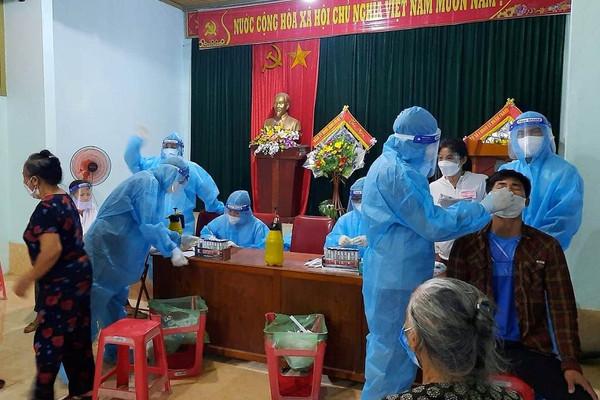 """Nghệ An: Người dân TP Vinh tiếp tục """"ai ở đâu thì ở đó"""" đến ngày 06/9"""
