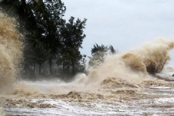 Chỉ đạo ứng phó bão CONSON, mưa lớn trong bối cảnh dịch bệnh COVID-19 diễn biến phức tạp