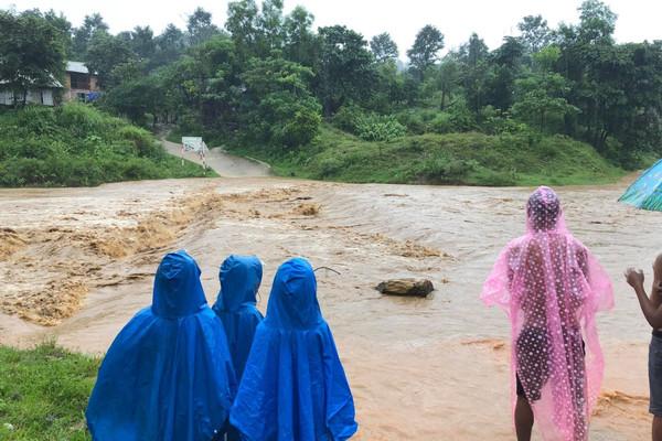 Khẩn trương khắc phục hậu quả bão số 5, chủ động ứng phó mưa lũ