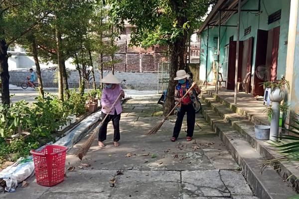 Hà Nam: Đồng bào Công giáo tích cực tham gia công tác bảo vệ môi trường, tuyên truyền phòng chống dịch