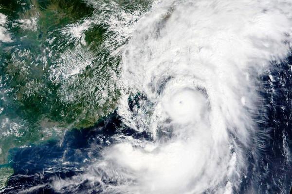 Bão Chanthu đổ bộ, Trung Quốc sơ tán 330.000 dân