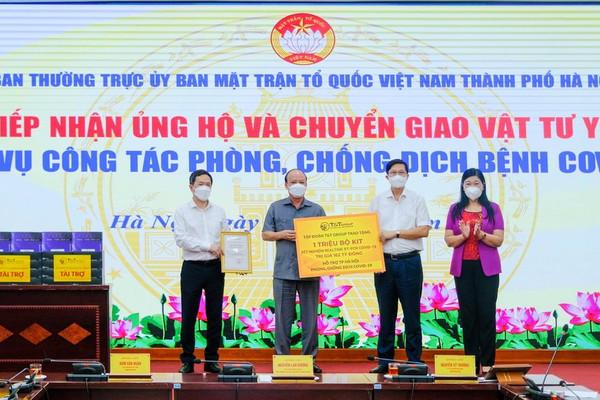 T&T Group trao tặng 1 triệu bộ kít xét nghiệm PCR Covid – 19 trị giá 162 tỷ đồng hỗ trợ TP Hà Nội