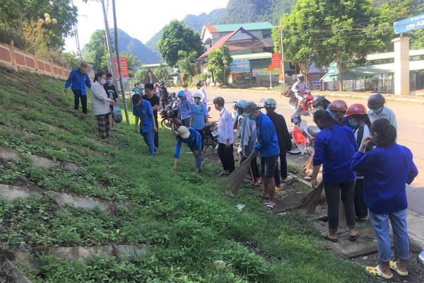 Quỳnh Nhai (Sơn La): Thi đua thực hiện hoàn thành tiêu chí môi trường