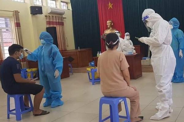 Hà Nội: Xuất hiện chùm ca bệnh phức tạp, chưa rõ nguồn lây, liên quan tới nhiều cơ quan, quận, huyện