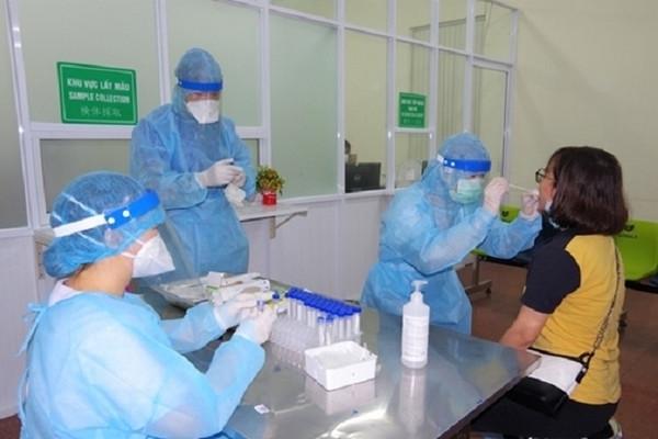 Thủ tướng chỉ đạo tiếp tục thực hiện nghiêm, hiệu quả các biện pháp phòng, chống dịch COVID-19