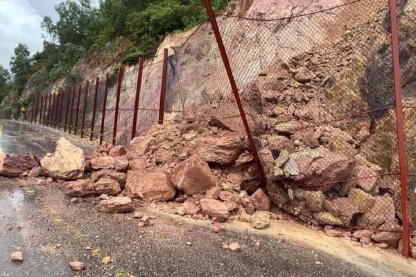 Nghệ An: Mưa lớn kéo dài gây ngập lụt nhiều địa phương ở miền núi