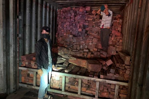 Quảng Trị: Bắt vụ buôn lậu gỗ và đá quý hiếm quy mô hàng chục tỷ đồng