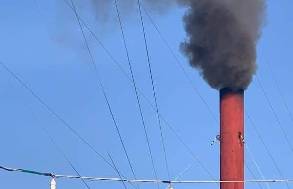 """Quảng Ngãi: Dân """"kêu trời"""" vì nhà máy chế biến bột cá gây ô nhiễm"""
