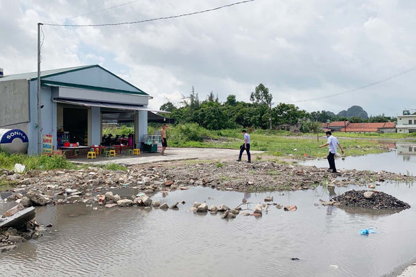 """Quảng Ninh: """"Nghịch lý"""" bỏ tiền mua đất hàng chục năm nhưng chưa xây được nhà"""