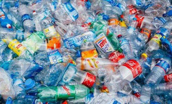 Việt Nam lãng phí gần 3 tỷ USD mỗi năm vì không tái chế rác thải nhựa