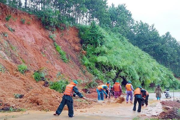 A Lưới (Thừa Thiên - Huế): Lên phương án di dân vùng núi ra khỏi khu vực lũ quét, sạt lở
