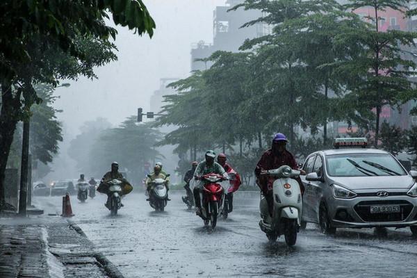 Thời tiết ngày 7/10, mưa lớn khu vực từ Hà Tĩnh đến Bình Định