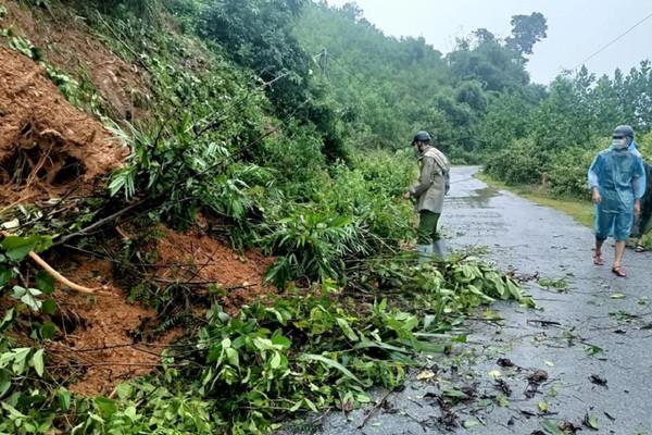 Nghệ An: Khẩn trương khắc phục những điểm sạt lở đất ở vùng cao