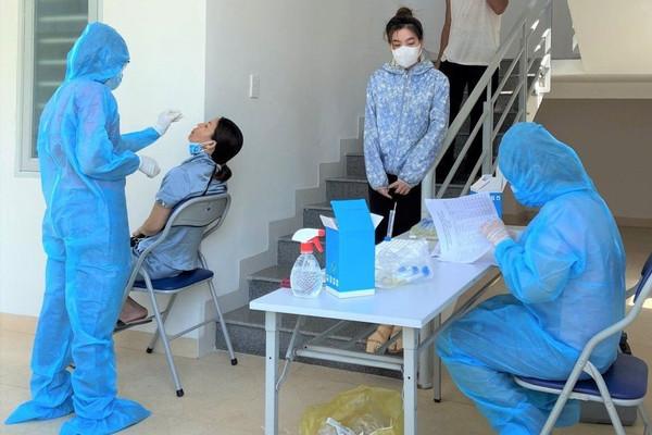 Quảng Nam thêm 71 ca F0, riêng huyện miền núi Phước Sơn có 66 ca ngoài cộng đồng