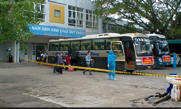 Thái Bình: Đón gần 500 người dân từ các tỉnh phía Nam về quê an toàn