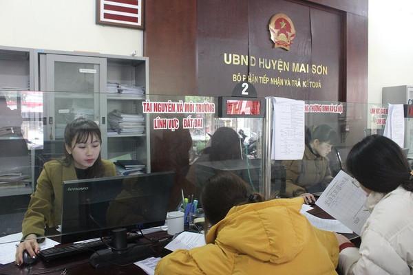 Mai Sơn (Sơn La): Đã cấp GCNQSDĐ lần đầu cho trên 9.800 hộ gia đình, cá nhân