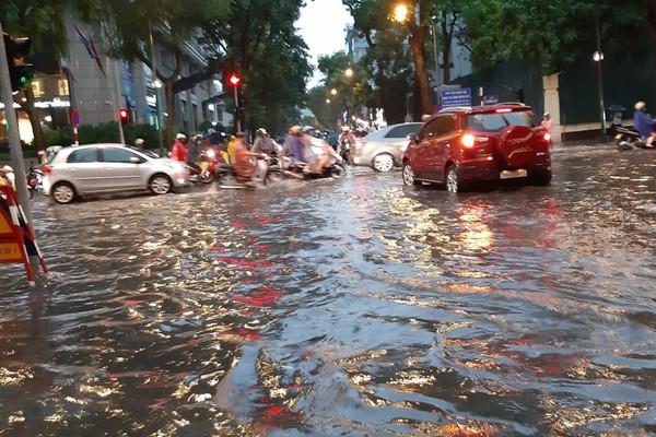 Hà Nội chủ động phòng ngừa sự cố về môi trường do mưa bão