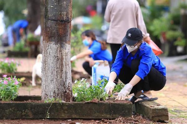 """Tuổi trẻ Đắk Nông với phòng trào """"chống rác thải nhựa"""""""