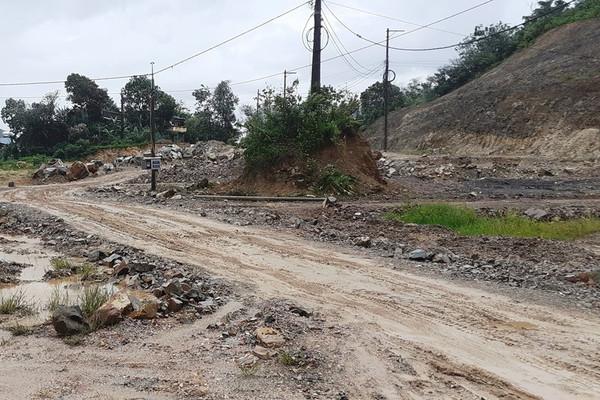 Đà Nẵng: Đường ĐT601 thi công ì ạch, dân khổ