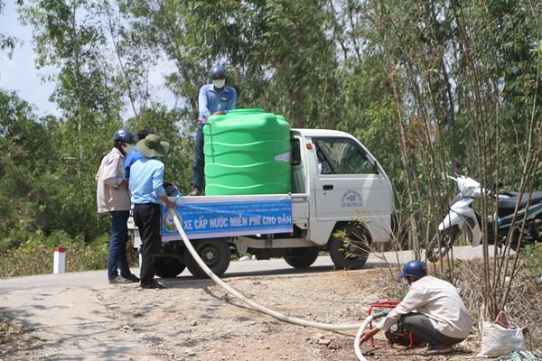 Tìm kiếm nguồn nước dưới đất phục vụ sinh hoạt tại Đồng bằng sông Cửu Long
