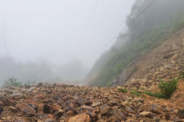Thừa Thiên - Huế: Xuất hiện hàng chục điểm sạt lở ở miền núi do mưa lớn