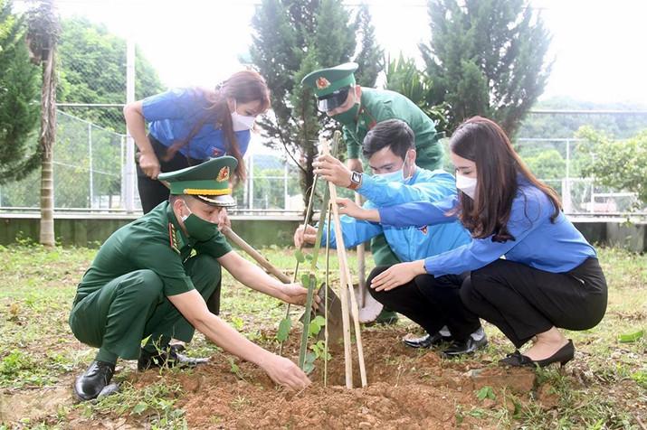 Tuổi trẻ các dân tộc tỉnh Sơn La vì một môi trường xanh